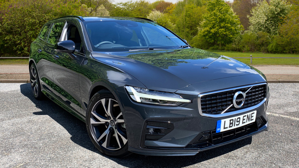 Volvo V60 2.0 D4 R Design Auto With. Smartphone Integration, Rear Camera & Sensus Navigation Diesel Automatic 5 door Estate (2019) image