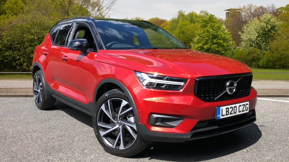 Volvo XC40 D3 R Design Pro AWD Auto, Xenium Pack, Pano Sunroof, 360 Cam, BLIS, Smartphone Integration 2.0 Diesel Automatic 5 door 4x4 (2020) at Volvo Croydon thumbnail image