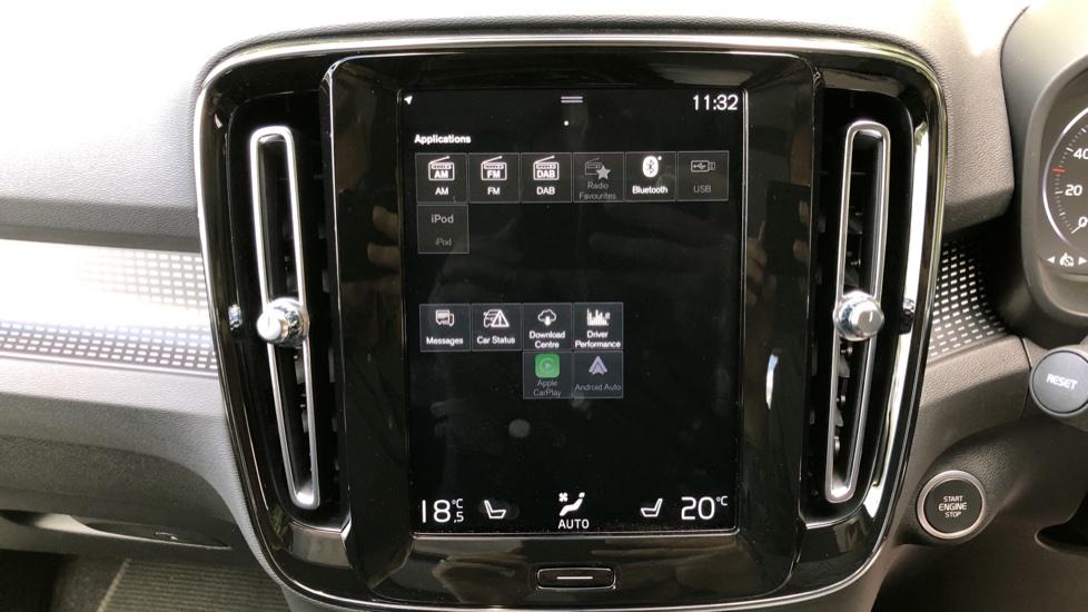 Volvo XC40 D3 R Design Pro AWD Auto, Xenium Pack, Pano Sunroof, 360 Cam, BLIS, Smartphone Integration image 24