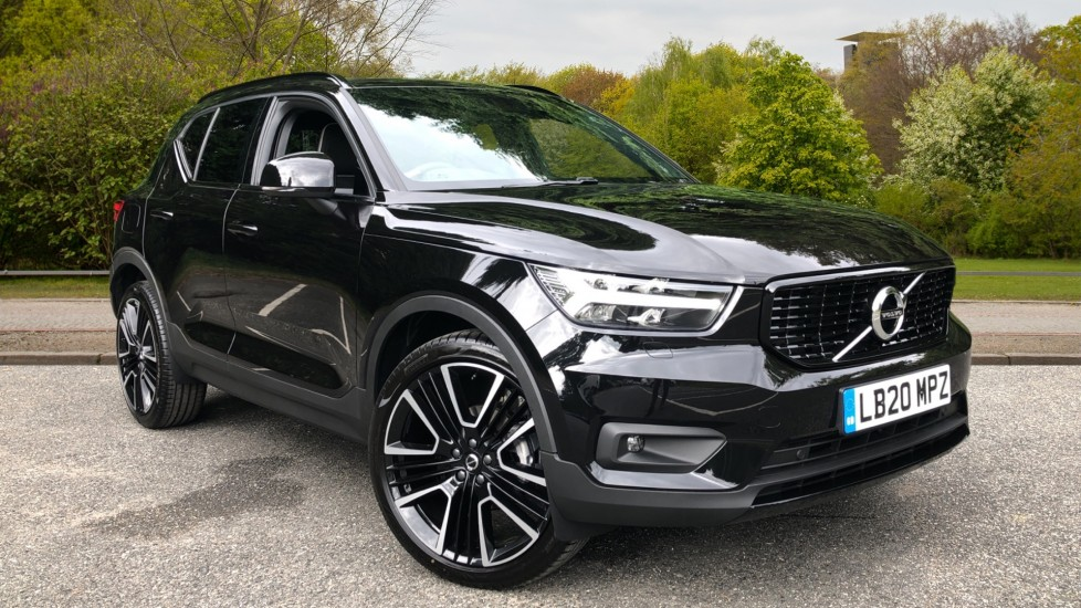 Volvo XC40 D3 R Design Pro Manual, Convenience Pack, Keyless Drive, Power Tailgate, Rear Camera, 21in Alloys 2.0 Diesel 5 door Estate (2020)