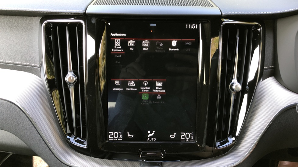 Volvo XC60 T8 Hybrid R Design Pro AWD Auto, Bowers & Wilkins, Xenium, Family & Convenience Packs, Sunroof image 31