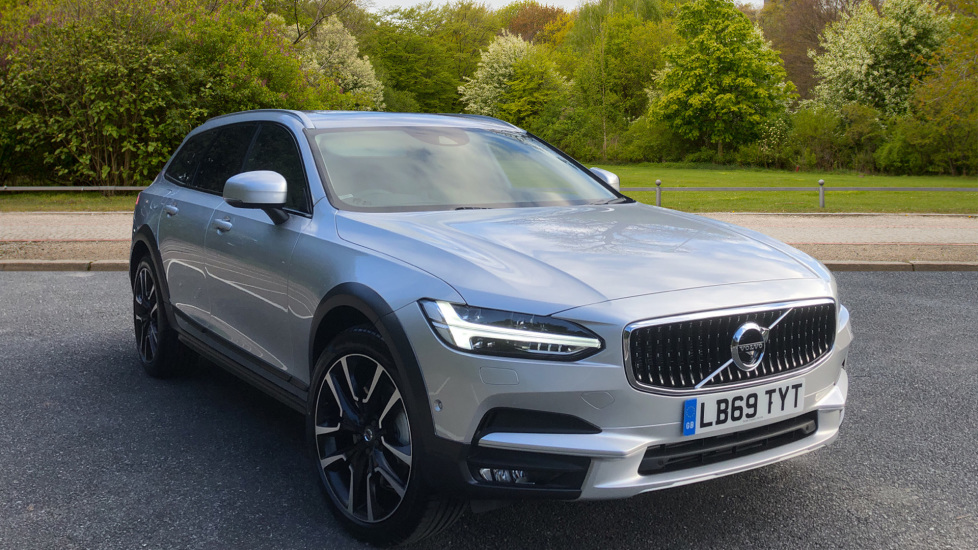 Volvo V90 D5 Cross Country Plus AWD AT, Xenium & Winter Pk, H.Kardon Audio, 20 Inch Alloys, Tints, BLIS 2.0 Diesel Automatic 5 door 4x4 (2020)