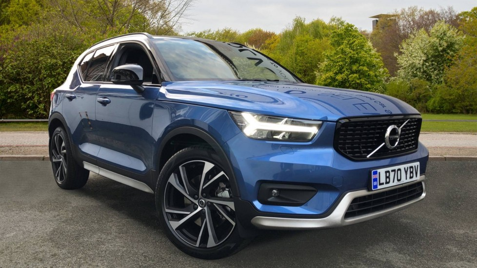 Volvo XC40 T5 Recharge PHEV R Design Pro Auto, Versatility Pack, Keyless Drive, Powered Tailgate, Sunroof, BLIS 1.5 Petrol/Electric Automatic 5 door Estate (2021)