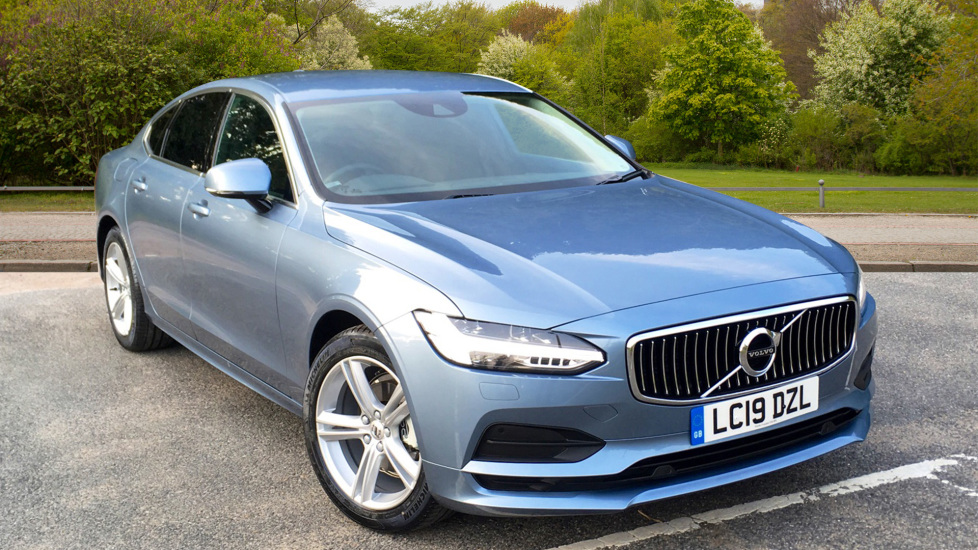 Volvo S90 2.0 D4 Momentum Auto W. Winter Pack, Rear Parking Camera & Smartphone  Diesel Automatic 5 door Saloon (2019) image