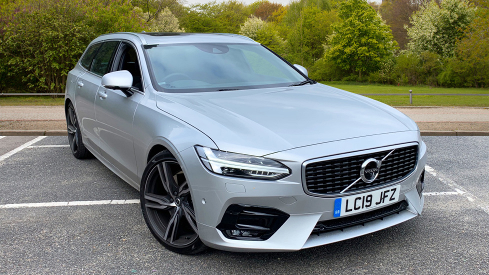 Volvo V90 2.0 T4 R Design Auto W. Winter Pack, Xenium Pack & Smartphone Integration  Automatic 5 door Estate (2019) image