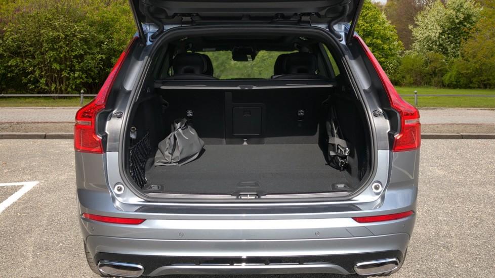 Volvo XC60 T8 Plug In Hybrid AWD R Design Pro Auto, Xenium, Family & Convenience Packs, IntelliPro, HK Audio image 35