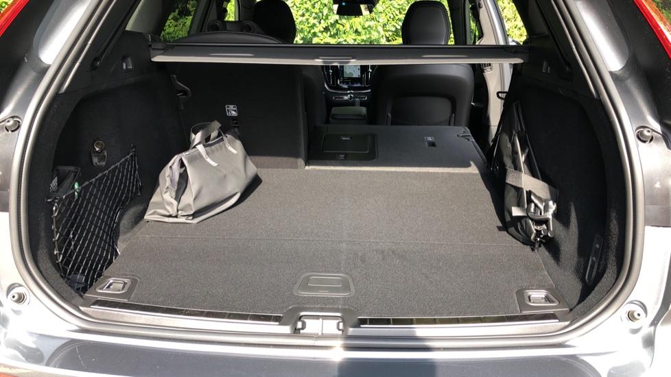 Volvo XC60 T8 Plug In Hybrid AWD R Design Pro Auto, Xenium, Family & Convenience Packs, IntelliPro, HK Audio image 36