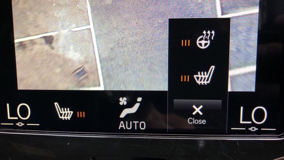 Volvo XC60 T8 Plug In Hybrid AWD R Design Pro Auto, Xenium, Family & Convenience Packs, IntelliPro, HK Audio image 12