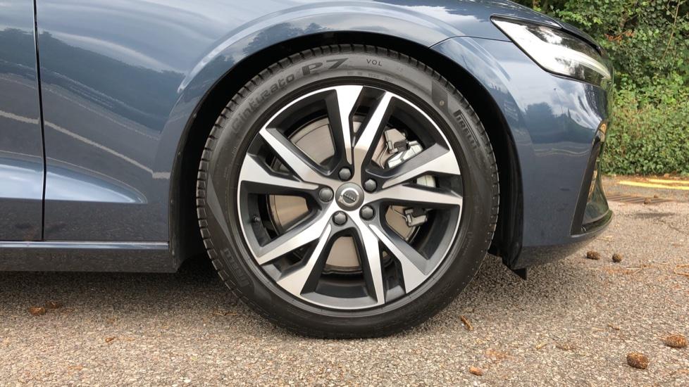 Volvo S60 T5 R Design Plus Auto, Nav, Active Bending Lights, Head Up Display, Keyless Drive, F & R Sensors image 23