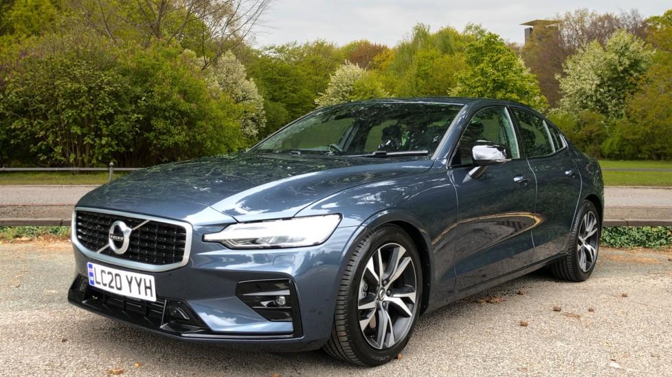Volvo S60 T5 R Design Plus Auto, Nav, Active Bending Lights, Head Up Display, Keyless Drive, F & R Sensors image 3