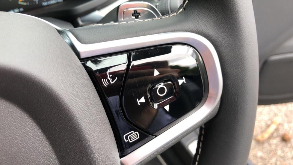 Volvo S60 T5 R Design Plus Auto, Nav, Active Bending Lights, Head Up Display, Keyless Drive, F & R Sensors image 22
