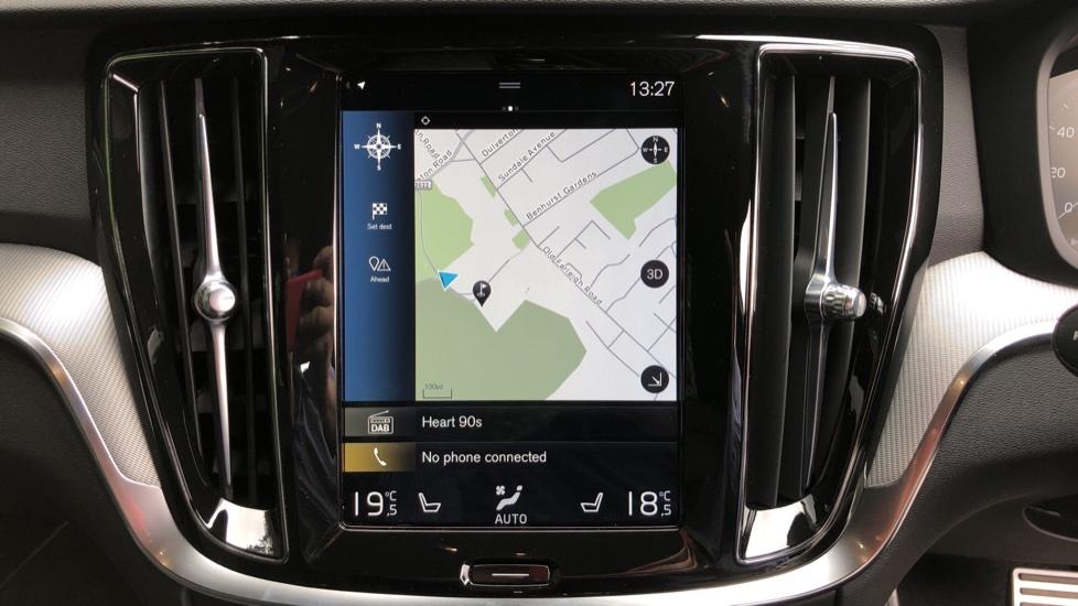 Volvo S60 T5 R Design Plus Auto, Nav, Active Bending Lights, Head Up Display, Keyless Drive, F & R Sensors image 5