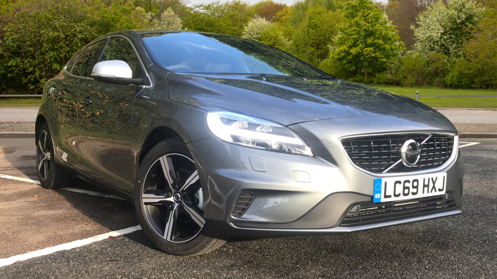 Volvo V40 D2 R Design Pro Edition Manual, Winter Pk, Nav, Rear Camera, F & R Sensors, Bending Lights. 2.0 Diesel 5 door Hatchback (2019)