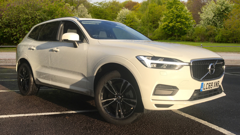 Volvo XC60 2.0 T4 190 Edition FWD Auto, with Navigation, Winter/Family/Convenience/Edition Pks,  Automatic 5 door Estate (2020) image