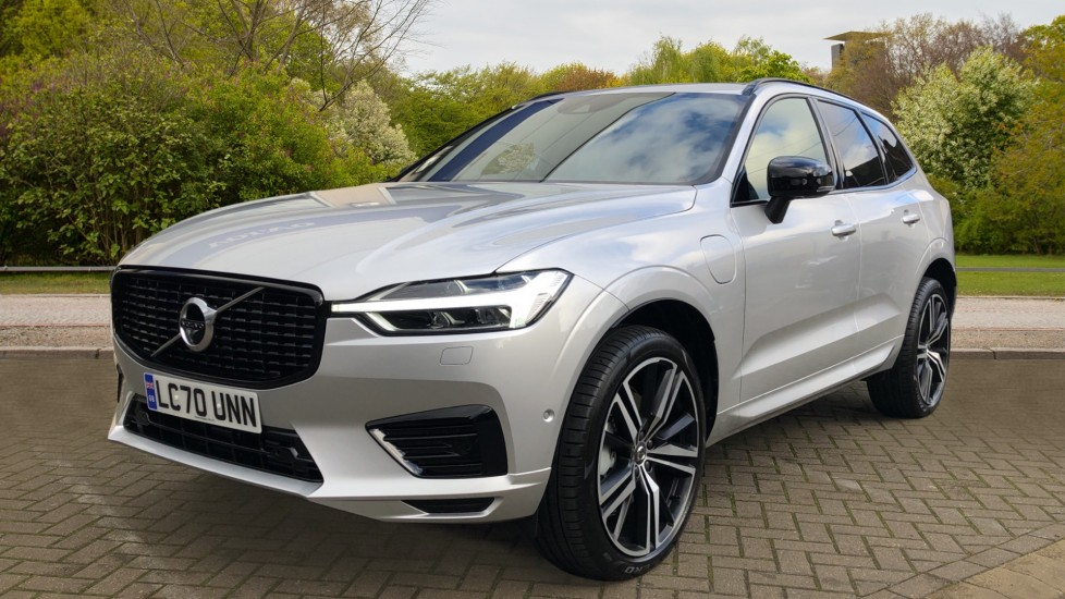 Volvo XC60 T6 Recharge PHEV R Design AWD Auto, Nav, Sunroof, Lounge & Climate Packs, Heated Screen, 360 Camera image 3
