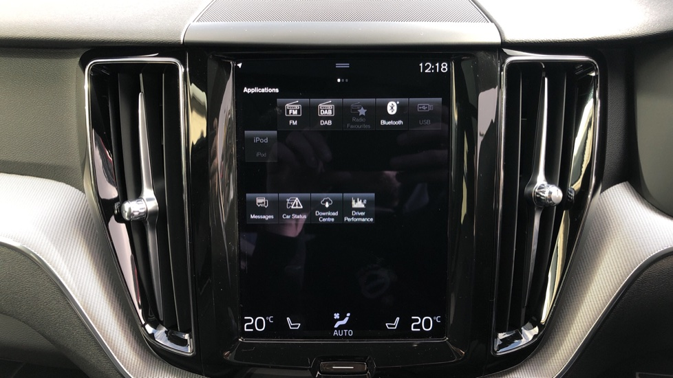 Volvo XC60 T6 Recharge PHEV R Design AWD Auto, Nav, Sunroof, Lounge & Climate Packs, Heated Screen, 360 Camera image 22