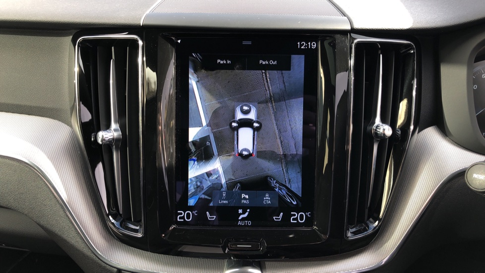 Volvo XC60 T6 Recharge PHEV R Design AWD Auto, Nav, Sunroof, Lounge & Climate Packs, Heated Screen, 360 Camera image 7
