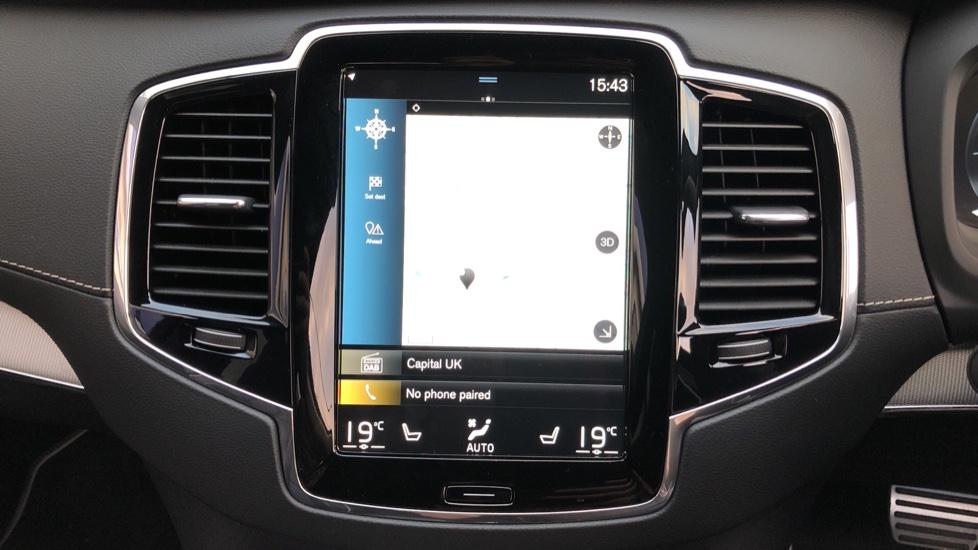 Volvo XC90 B5D Mild Hybrid R Design AWD Auto, Winter & Family Packs, Booster Seat, Harman Kardon, BLIS image 5