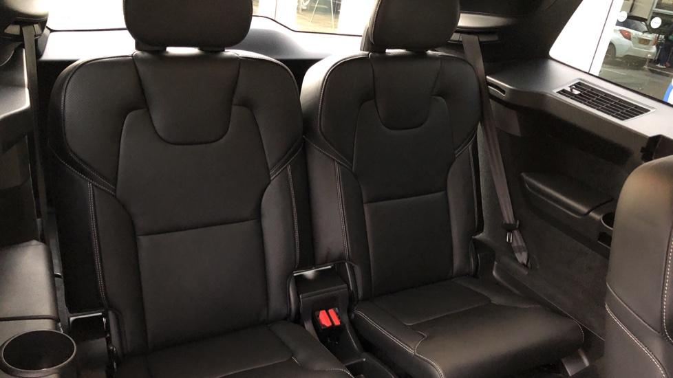 Volvo XC90 B5D Mild Hybrid R Design AWD Auto, Winter & Family Packs, Booster Seat, Harman Kardon, BLIS image 25