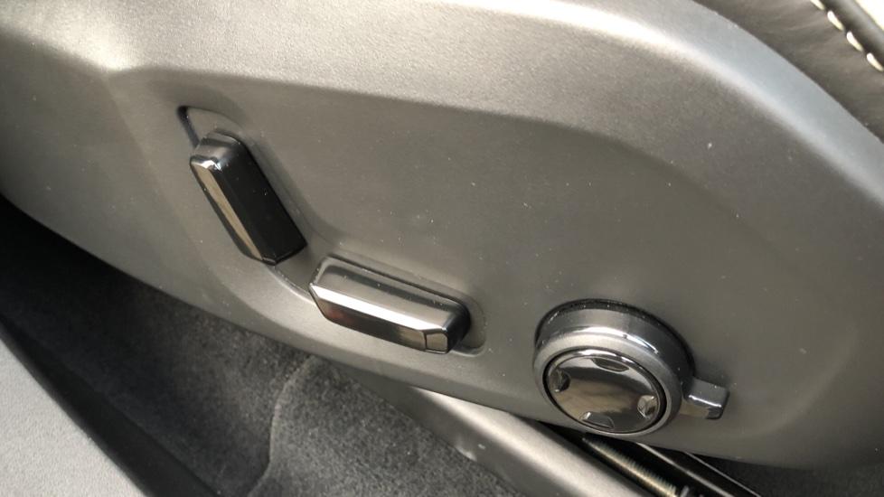 Volvo XC90 B5D Mild Hybrid R Design AWD Auto, Winter & Family Packs, Booster Seat, Harman Kardon, BLIS image 19