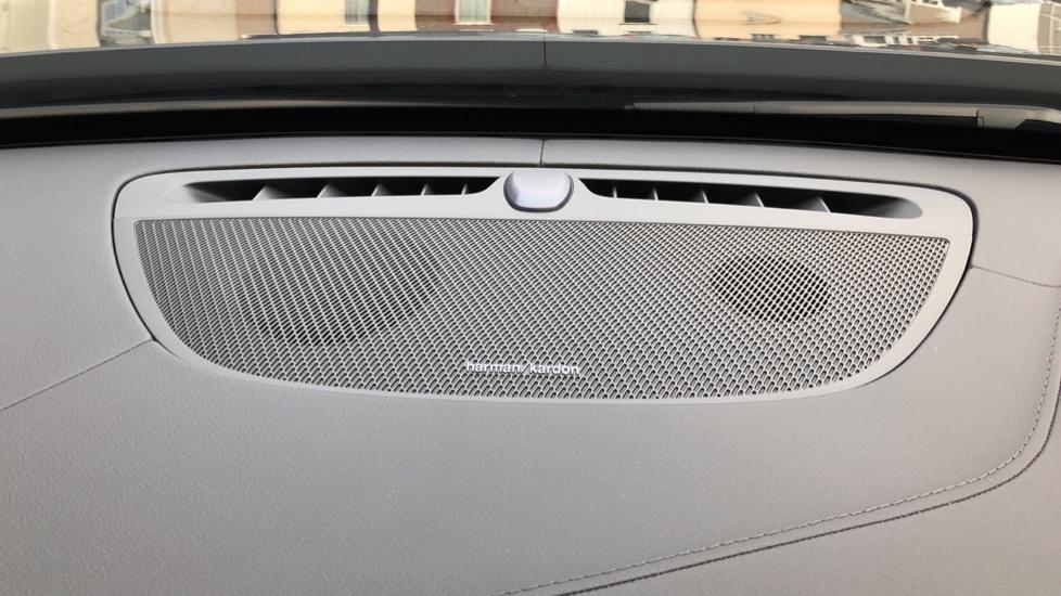 Volvo XC90 B5D Mild Hybrid R Design AWD Auto, Winter & Family Packs, Booster Seat, Harman Kardon, BLIS image 8