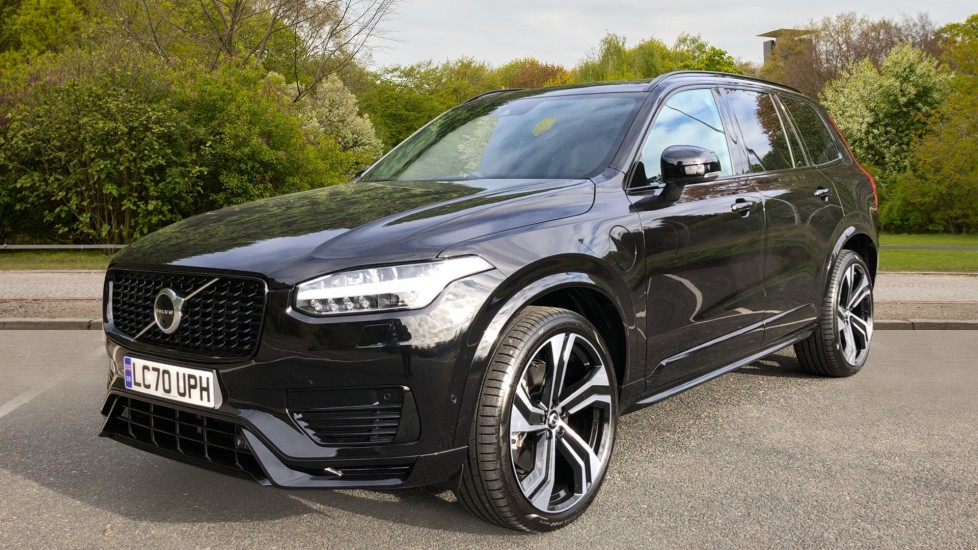 Volvo XC90 T8 Recharge PHEV R Design Pro AWD Auto, Lounge, Climate, Tech & Driver Assist Packs, Sunroof image 3