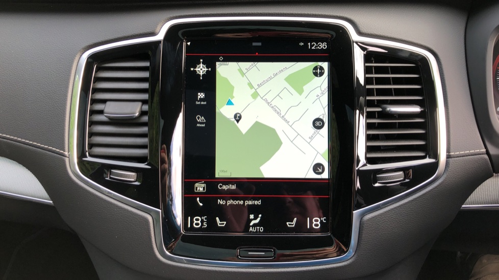 Volvo XC90 T8 Recharge PHEV R Design Pro AWD Auto, Lounge, Climate, Tech & Driver Assist Packs, Sunroof image 5