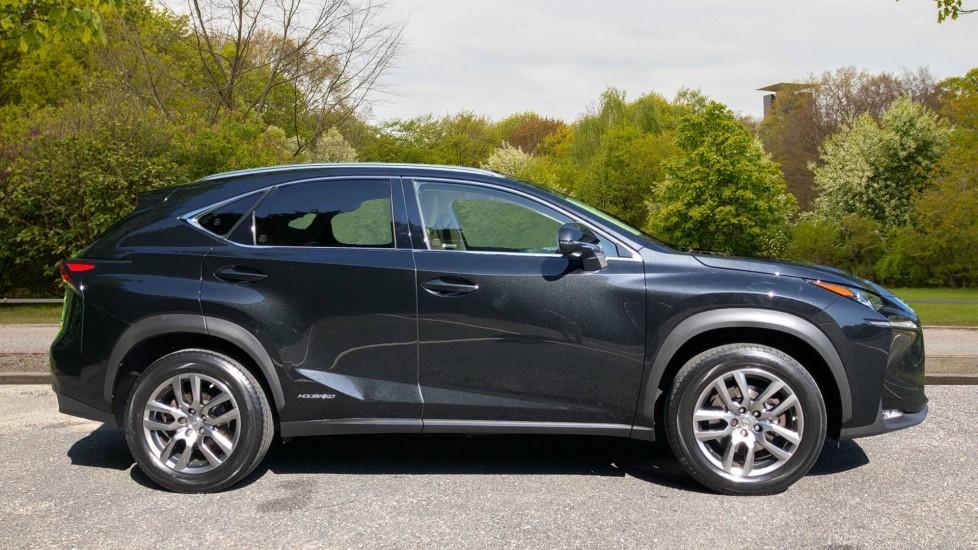 Lexus NX 300h 2.5 Luxury 5dr CVT Auto, Hybrid, F & R Sensors, Rr. Camera, Adaptive Cruise, DAB image 2