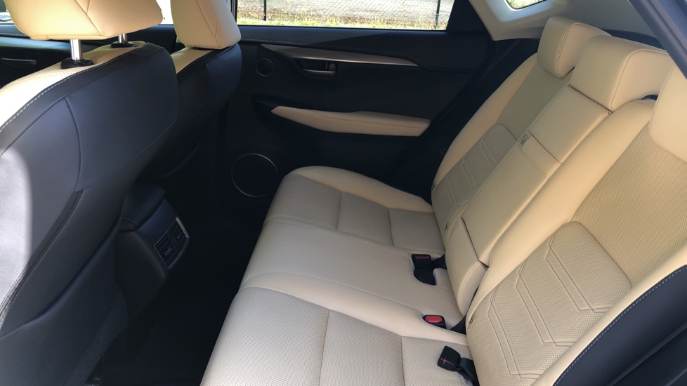 Lexus NX 300h 2.5 Luxury 5dr CVT Auto, Hybrid, F & R Sensors, Rr. Camera, Adaptive Cruise, DAB image 13