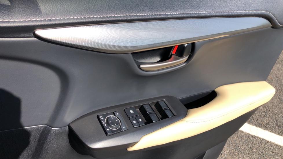 Lexus NX 300h 2.5 Luxury 5dr CVT Auto, Hybrid, F & R Sensors, Rr. Camera, Adaptive Cruise, DAB image 18