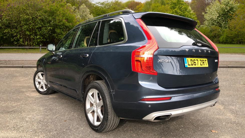 Volvo XC90 T8 Hybrid Momentum Pro Auto, Nav, Xenium Pk, S/Phone Integration, Heated Screen, PanoRoof image 4