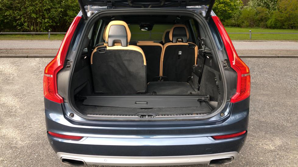 Volvo XC90 T8 Hybrid Momentum Pro Auto, Nav, Xenium Pk, S/Phone Integration, Heated Screen, PanoRoof image 13