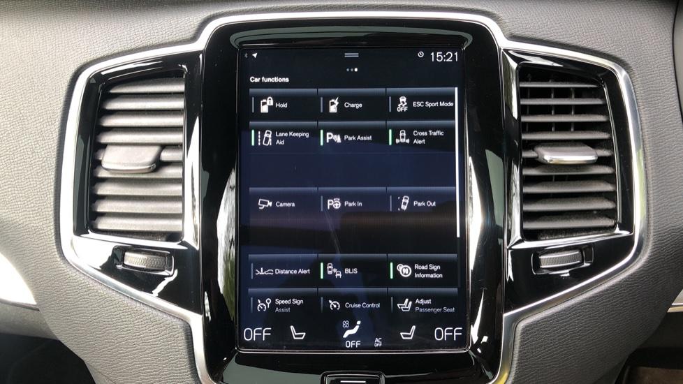 Volvo XC90 T8 Hybrid Momentum Pro Auto, Nav, Xenium Pk, S/Phone Integration, Heated Screen, PanoRoof image 26
