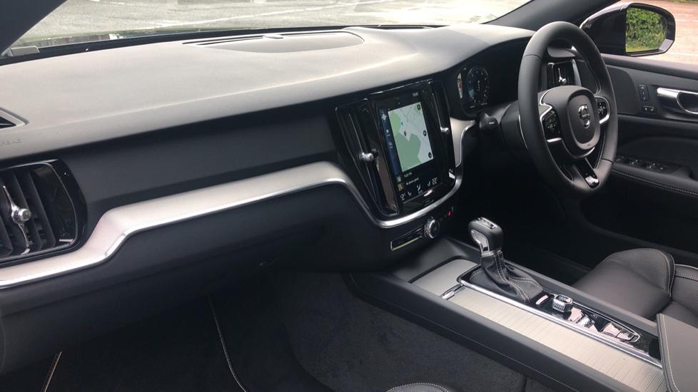 Volvo S60 2.0 T5 R Design Plus Nav Auto with Winter Pk, Head Up Display, Keyless Drive, Heated Steering Wheel image 2