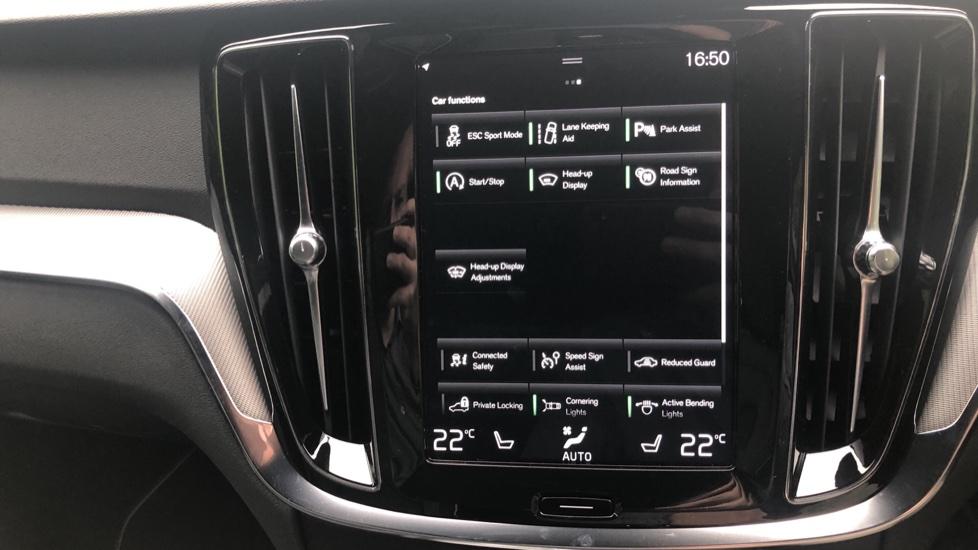 Volvo S60 2.0 T5 R Design Plus Nav Auto with Winter Pk, Head Up Display, Keyless Drive, Heated Steering Wheel image 12