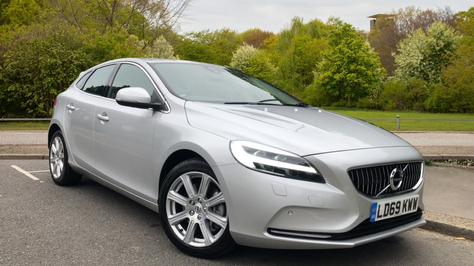 Volvo V40 D3 150hp Euro 6 Inscription Edition Auto with Nav, Winter Pk, Bending Lights, F & R Sensors & Camera 2.0 Diesel Automatic 5 door Hatchback (2019) at Volvo Croydon thumbnail image