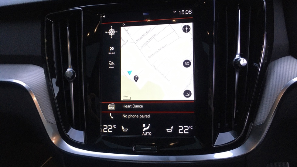 Volvo V60 2.0 D4 R Design Pro, Nav, Xenium Pack, Intellisafe Pro, HUD, 360 Camera, Panoramic Roof.  image 7 thumbnail