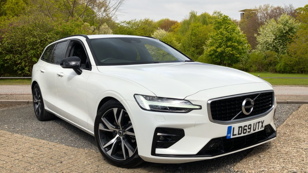 Volvo V60 2.0 D3 R Design Manual, Nav, F & R Parking Sensors, Heated Seats and Steering Wheel Diesel 5 door Estate (2019)