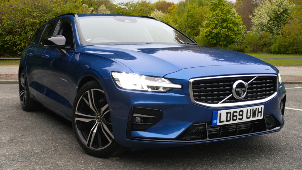 Volvo V60 2.0 D3 R Design Pro Nav Manual with Xenium Pk, BLIS, Heads Up, Auto Dimming Int & Ext mirrors Diesel 5 door Estate (2019)
