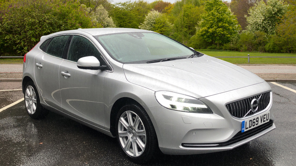 Volvo V40 D3 Inscription Edition Auto, Winter Edn Pk, Active Bending Lights, F & R Sensors, R.Cam 2.0 Diesel Automatic 5 door Hatchback (2019)
