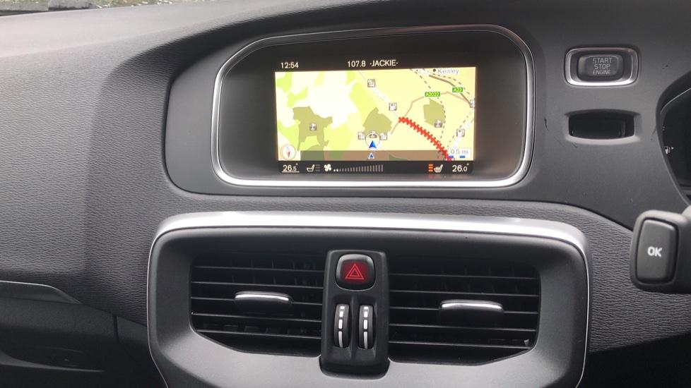 Volvo V40 D3 Inscription Edition Nav Auto with Winter Edn Pk, Active Bending Lights, F & R Sens & Rear Camera image 6