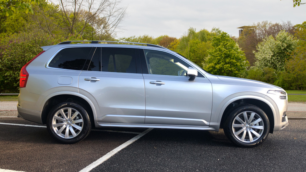 Volvo XC90 D5 PP AWD Momentum Pro Nav Auto with Head Up Display, Keyless Drive, Tints & Pilot Assist image 3