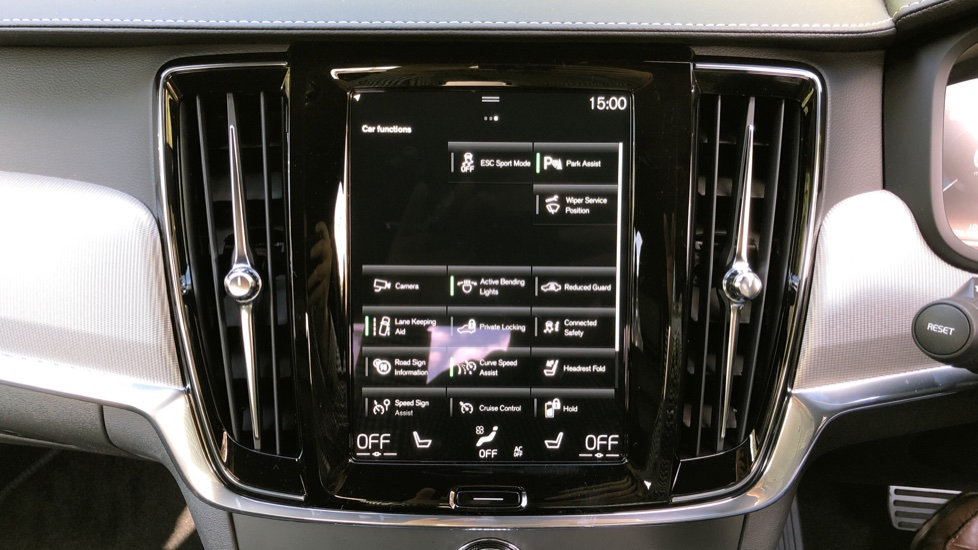 Volvo S90 T8 Recharge PHEV R Design AWD Auto, Climate Pack, Nav, Heated Screen, Rear Camera, Keyless Drive image 27