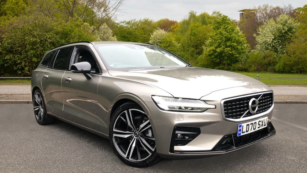 Volvo V60 T4 R Design Plus Auto, Winter Pack, Heated Steering Wheel, Nav, Rear Camera, Active Bending Lights 2.0 Automatic 5 door Estate (2020)