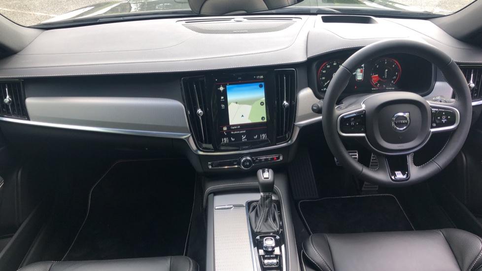 Volvo V90 2.0 D4 R Design Pro Auto with XeniumPk, Harman Kardon, BLIS & Seat Pack. image 9