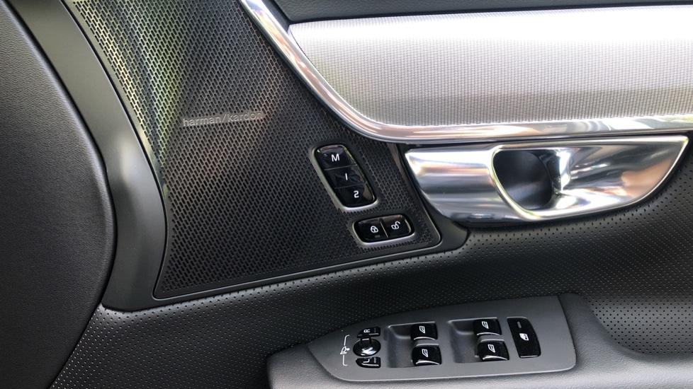 Volvo V90 2.0 D4 R Design Pro Auto with XeniumPk, Harman Kardon, BLIS & Seat Pack. image 21