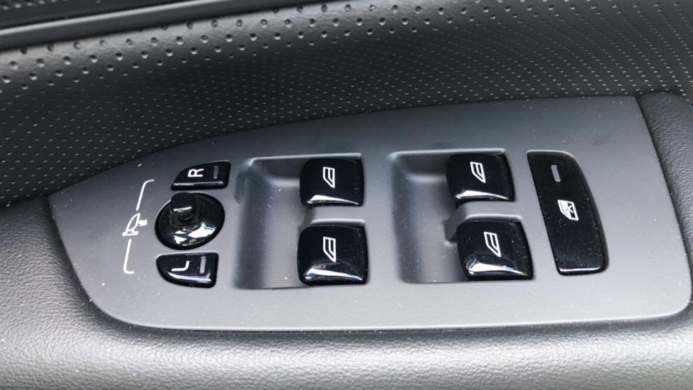 Volvo V90 2.0 D4 R Design Pro Auto with XeniumPk, Harman Kardon, BLIS & Seat Pack. image 22
