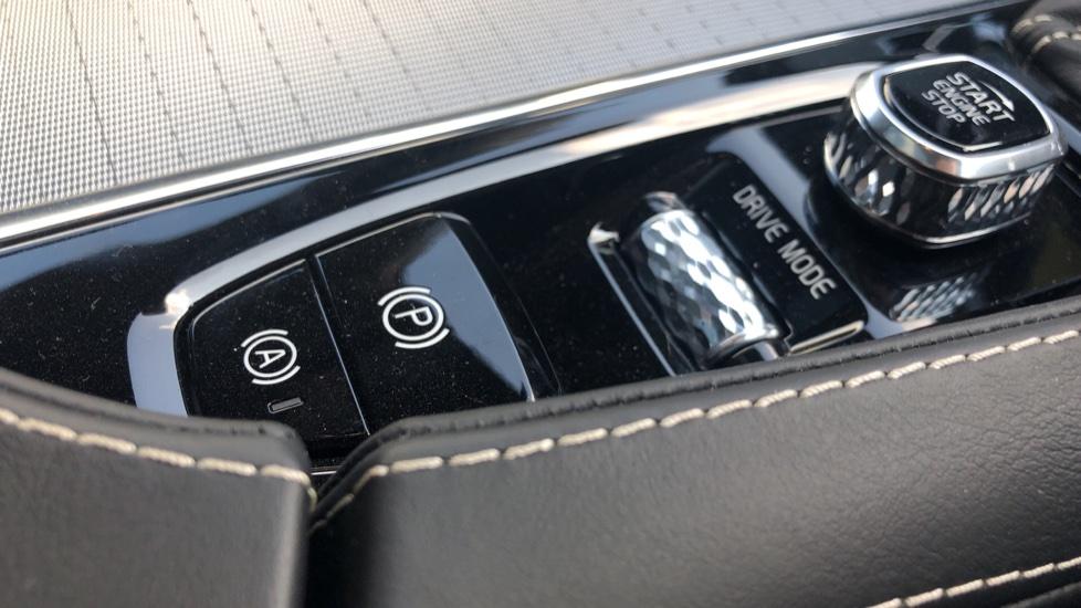Volvo V90 2.0 D4 R Design Pro Auto with XeniumPk, Harman Kardon, BLIS & Seat Pack. image 26