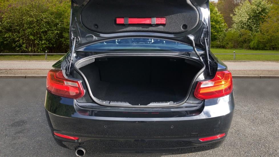 BMW 2 Series 218i SE Coupe Auto, Nav, Xenon Headlights, DAB Radio, Rear Camera, Front and Rear Sensors image 24