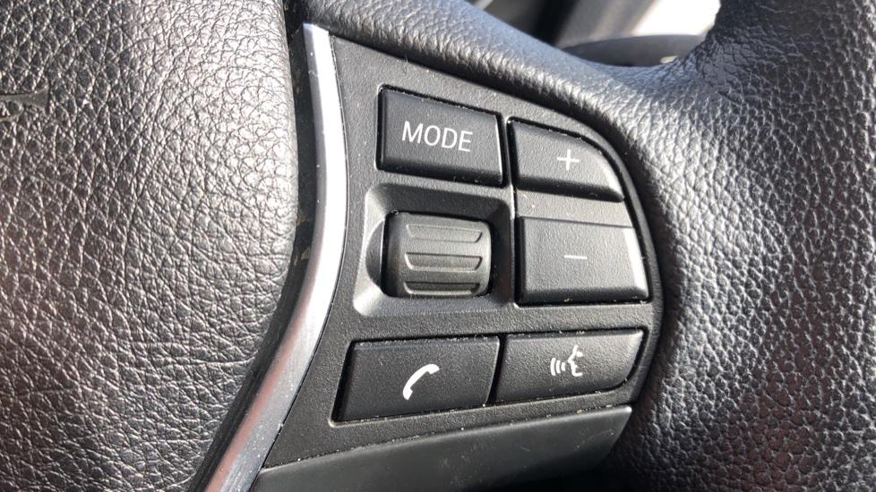 BMW 2 Series 218i SE Coupe Auto, Nav, Xenon Headlights, DAB Radio, Rear Camera, Front and Rear Sensors image 11